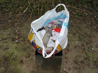 Mit einem Pfandsystem für Becher nimmt Lübeck gegen den Kampf gegen den Plastikmüll auf. Foto: RB
