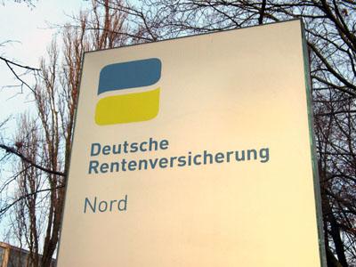 Die Deutsche Rentenversicherung verweist auf ihre Telefon- und Online-Dienste.