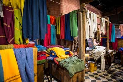 Im Hansemuseum gibt es am Dienstag einen Vortrag über Textilien der Hanse. Bildrechte: Europäisches Hansemuseum, Foto: Olaf Malzahn