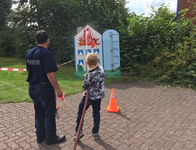 Die Freiwillige Feuerwehr Siems öffnet ab 12 Uhr wieder ihre Tore am Luisenhof 5-9 zum Familientag. Foto: Veranstalter.