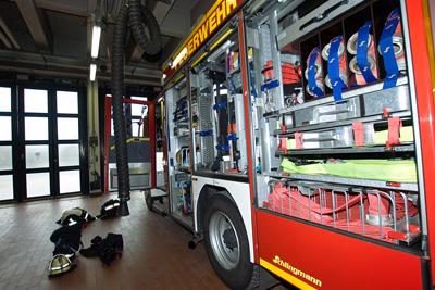 Hunderte Einsatzkräfte vieler Freiwilliger Feuerwehren und Berufsfeuerwehren waren in Schleswig-Holstein im Einsatz. Bild: JW.