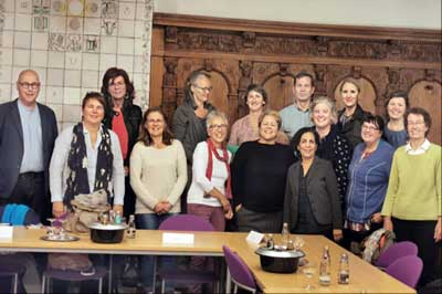 Letzte Woche traf sich der außerparlamentarische Gleichstellungsausschuss um mit den Ausschussmitgliedern über Wege zu einer besseren politischen Repräsentation von Frauen zu beraten. Foto: Gleichstellungsausschuss