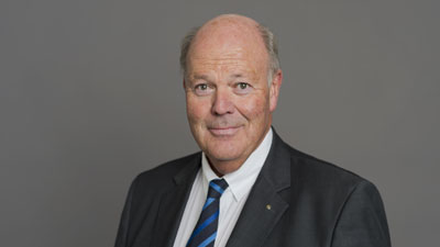 Innenminister Hans-Joachim Grote stellte den Gesetzentwurf am Dienstag vor.