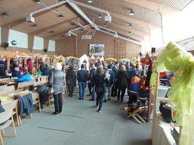 In der geheizten Sporthalle in der Schulstraße gibt es wieder den beliebten Osterbasar. Foto: Veranstalter.