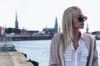 Julia Gründer, Influencerin mit über 20.000 Followern, wird Fragen zu ihrem Beruf beantworten. Foto:  Agentur für Arbeit Lübeck.
