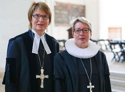 Frauke Eiben und Petra Kallies empfehlen den Kirchengemeinden im Kirchenkreis Lübeck-Lauenburg bis Ende April auf Gottesdienste und Veranstaltungen zu verzichten. Foto: Thomas Berg