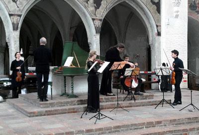 St. Katharinen wird jeden Sonnabend um 12.15 Uhr zur Konzertbühne. Foto: TD