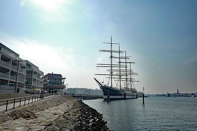 Traditionell lädt die boot am ersten Samstag der Travemünder Woche auf die Passat zum Empfang ein. Archivbild: Karl Erhard Vögele