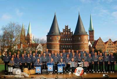 Der Lübecker Shanty-Chor Möwenschiet sagt auch das Mai-Singen ab.
