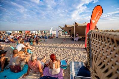 Bei Musik im Strandkorb gibt es stimmungsvolle Live-Musik an lauen Sommerabenden. Foto: TALB