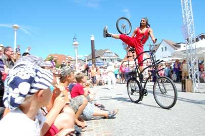 Beim Straßenkünstlerfestival in Scharbeutz spielten wieder die internationalen Künstler