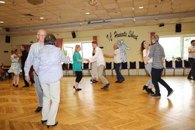 Im Tanzclub Hanseatic startet am Donnerstag ein neuer Kurs für Tänzer mit Handicaps. Foto: Verein
