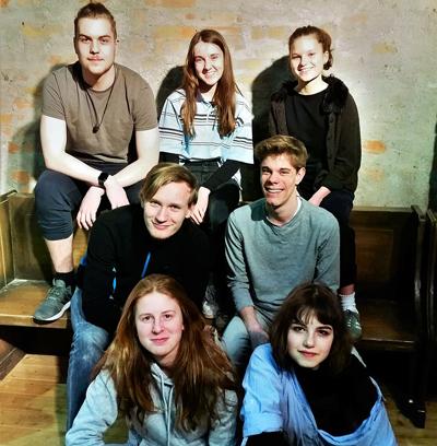 Im Jungen Studio ist der Spielclub 3 mit einer Eigenproduktion zu sehen. Foto: Theater Lübeck.