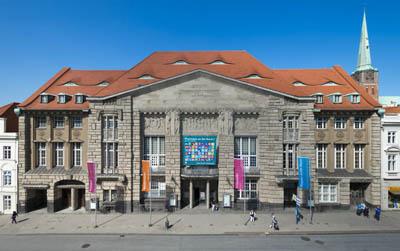 Die CDU findet, dass Lübeck faktisch allein gelassen werde und zum größten Teil die Ausgaben für Kunst und Kultur alleine stemmen müsse.