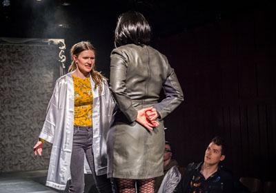 Die Taschenoper hat die Topmodel-Suche auf die Bühne gebracht. Fotos: Olaf Malzahn