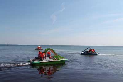 Bei den Aktionstagen kann jeder ein Tretboot mieten und damit mithelfen. Foto: Sea Life