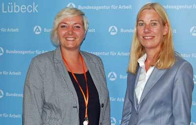 Vorsitzende Juliane Hoffmann mit ihrer Stellvertreterin Maike Krabbenhöft. Foto: Agentur für Arbeit Lübeck.