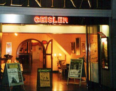 Im Theater Geisler werden Melodien aus Filmen von Walt Disney präsentiert.
