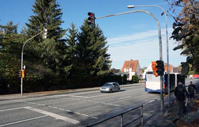 Die Ampel direkt an der Schule am Koggenweg ist auch nach den Ferien noch defekt. Fotos: JW