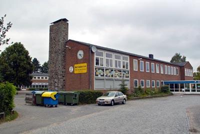 Die Schule machte vor einigen Jahren Schlagzeilen, als das Dach durchhing und Räume gesperrt werden mussten. Foto: Archiv