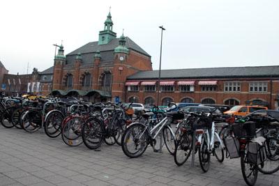 Abfahrt am Lübeck Hbf ist um 7.33 Uhr. Archivfoto: JW.
