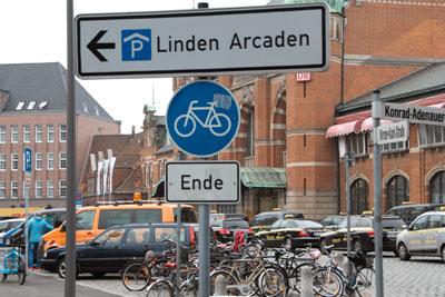 Seit zehn Jahren diskutiert Lübeck über ein Parkhaus für Fahrräder am Bahnhof. Foto: Archiv