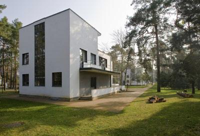 Die Meisterhäuser in Dessau, ein Beispiel des Neuen Bauens. Foto: Roland Rossner/Deutsche Stiftung Denkmalschutz
