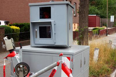 Im Saarland wird die Technik aktuell nicht mehr verwendet, die in Lübecks Blitzer-Hänger eingebaut ist. Foto: Oliver Klink