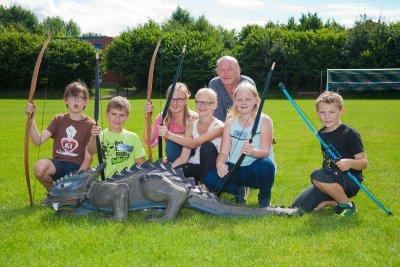 Am Sonntag findet wieder das beliebte Bogenschießen für Kinder statt. Foto: Kleidermarktteam