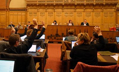 Das Innenministerium verbietet Sitzungen von Fachausschüssen und Bürgerschaft nicht.