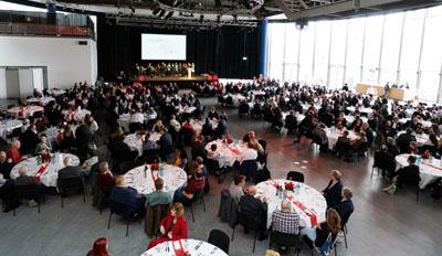 In der MuK feierte der DRK-Kreisverband Lübeck sein 150-jähriges Bestehen. Fotos: JW(2), DRK (1)