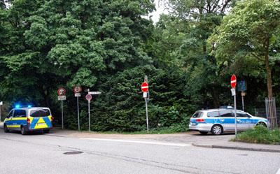 Die Stadt prüft die Vorwürfe einer Tierquälerei im Bereich des Drogenplatzes.