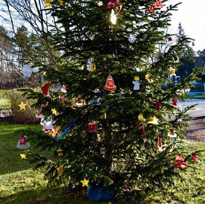 Am Donnerstag wird am Weihnachtsbaum in Eichholz gesungen. Foto: Veranstalter