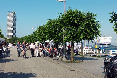 In Travemünde findet mit der Travemünder Woche ein Event für Klein und  Groß statt.Foto: Karl Erhard Vögele/Archiv