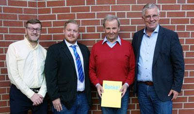 Die Mitglieder der FDP Stockelsdorf stellen sich gerne den Fragen interessierter Bürger.