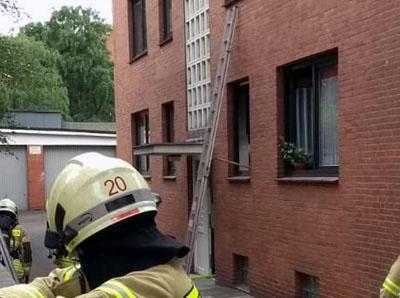 Die Feuerwehr war rechtzeitig vor Ort, um einen größeren Brand zu verhindern. Fotos: Stefan Strehlau