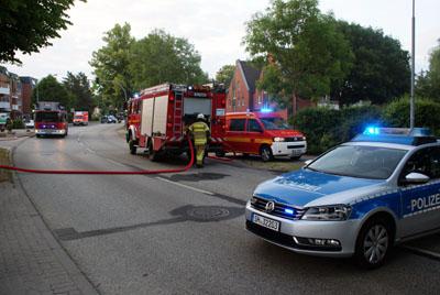 Die Feuerwehr konnte den Brand schnell löschen. Fotos: Oliver Klink