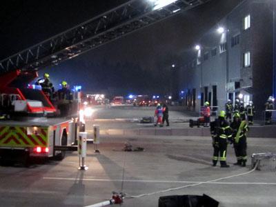 Rund 85 Einsatzkräfte waren an der Übung beteiligt. Fotos: Freiwillige Feuerwehr Sereetz
