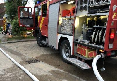 Am Montagabend kam es zu einem Feuer in der Jugendherberge Scharbeutz. Fotos: DS
