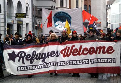 Das Flüchtlingsforum lädt am Dienstag erneut den Lübecker Bürgermeister Jan Lindenau und Innensenator Ludger Hinsen zum Austausch und Gespräch ein.