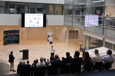 Die Mitglieder der foodRegio informierten sich über die aktuelle wissenschaftliche Forschung. Foto: Susanne Steitz/Tobias Ewert