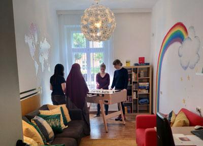 Angesichts der Gefährdung durch häusliche Gewalt in der aktuellen Situation ist das Team des Autonomen Frauenhauses in Lübeck sehr besorgt. Foto: Archiv/FHF