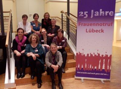 Der  Frauennotruf Lübeck bietet einen Wochenendkurs für Frauen zum Erlernen von Selbstverteidigungstechniken an.