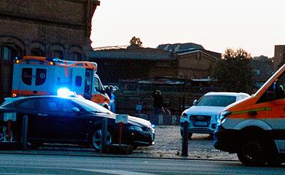Die Rettungskräfte konnten den Mann reanimieren, er starb aber später im Krankenhaus. Fotos: VG