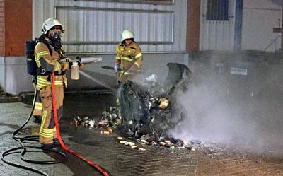 Die Feuerwehr warnt vor den Gefahren des Feuerwerks. Foto: TA/Archiv