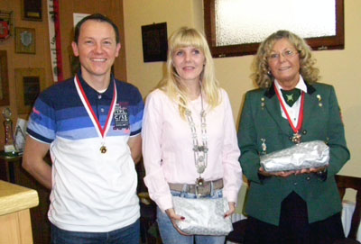 Gregor Prill, Mareike Nüßgen und Grazyna Jatzek belegten die ersten drei Plätze. Foto: LSV