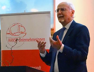Horst Opaschowski berichtete am Dienstagabend bei den Hanse- Unternehmerinnen über die Zukunft. Fotos, O-Töne: Harald Denckmann