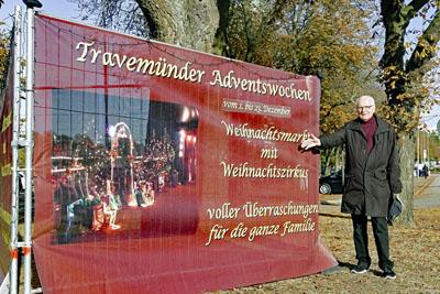Wolfgang Hovstädt hat es geschafft: Travemünde bekommt einen durchgehenden Weihnachtsmarkt. Foto: Karl Erhard Vögele