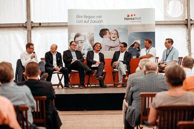 Thema des Wirtschaftsforums war die Digitalisierung. Foto: Redhead Media/Sandra Holzfuß