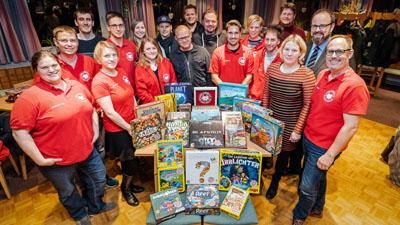 Der Verein präsentierte Jörn Sanftleben die neuen Spiele. Foto: Frank Peter